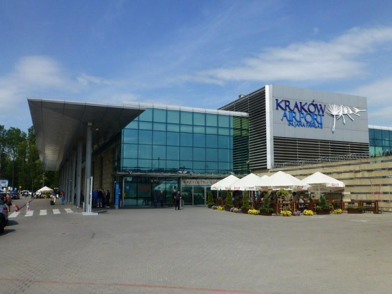 Як дістатися з Кракова до аеропорту Краків-Баліце?