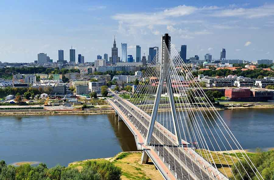 На майские праздники в Варшаву