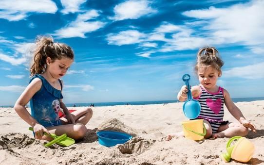 ТОП-5 європейських пляжів для відпочинку з дітьми