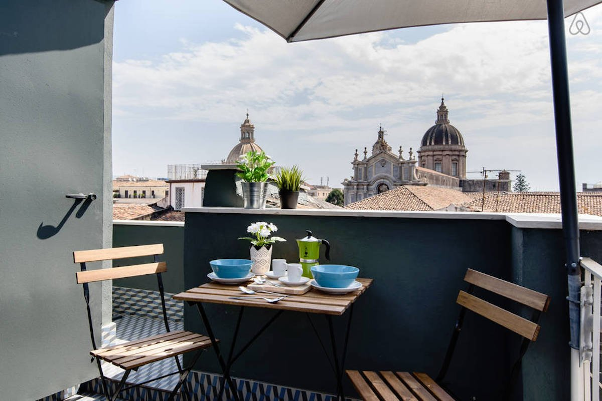 16-catania-sicily-3380-per-night