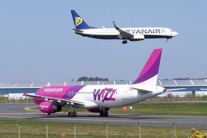 ryanair-wizzair-budget-airlines-696x464