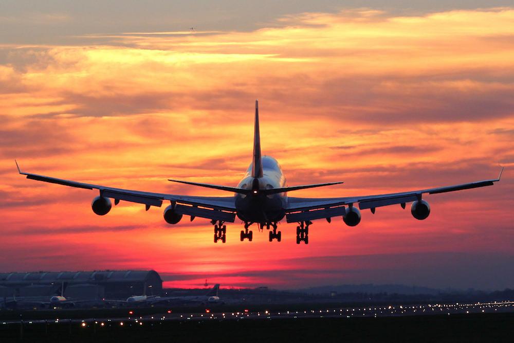 Де шукати чартерні авіарейси та які можливості пропонують перевізники?
