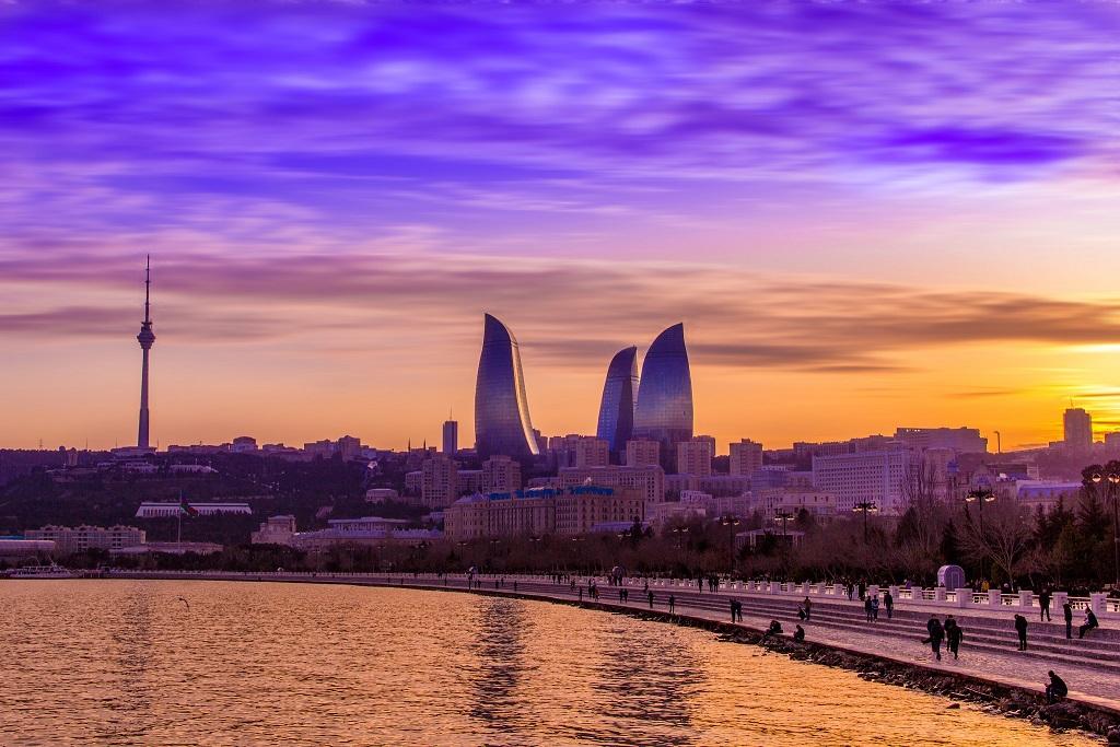 Авіа з Києва в Баку за 57€ у дві сторони! Прямий переліт у зручний час (осінь 2017)