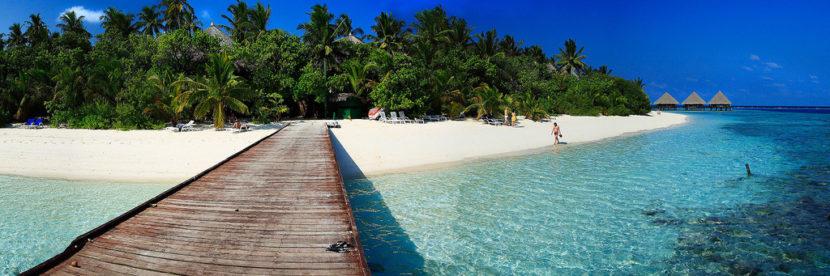 З Жулян на Мальдіви і назад - за 421€ (+ готелі за 8€ з особи)