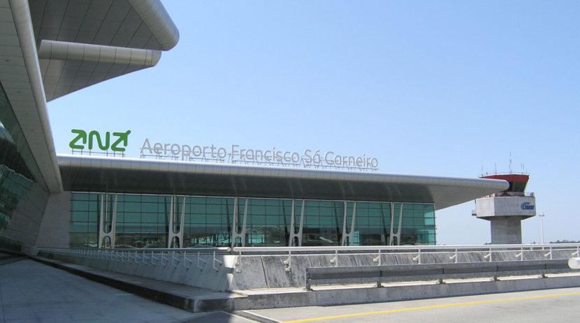 Аеропорт Порту